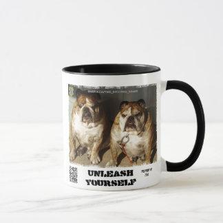 Personalisierte zwei Bulldoggen-Marken-Tasse Tasse