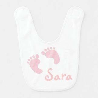 Personalisierter Baby-Schellfisch mit rosa Füßen Babylätzchen