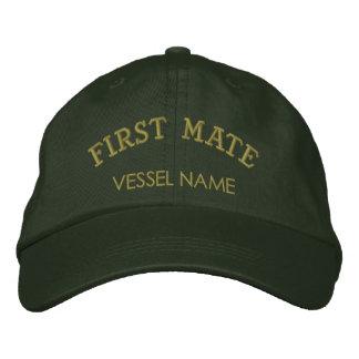 Personalisierter Boots-Namen-erster Kamerad-Hut Bestickte Kappe