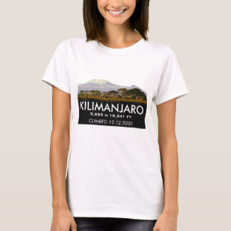 Personalisierter der Kilimandscharo-Aufstieg T-Shirt