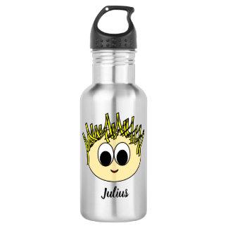 Personalisierter entzückender Junge, der Trinkflasche
