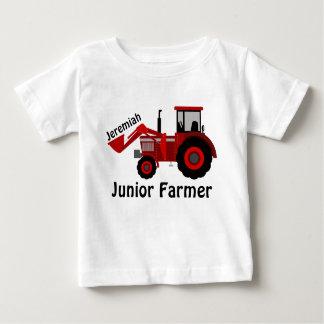 """Personalisierter """"JuniorBauer"""" und roter Traktor Baby T-shirt"""