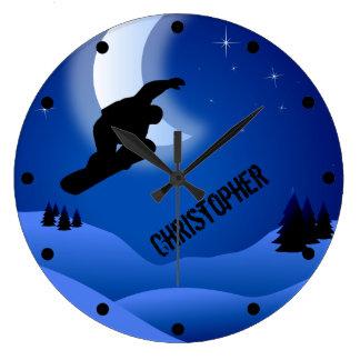 Personalisierter Nachtsnowboarding-Berg und Mond Große Wanduhr