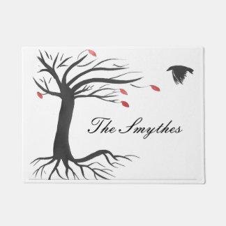 Personalisierter Raben-und Herbst-Baum Türmatte