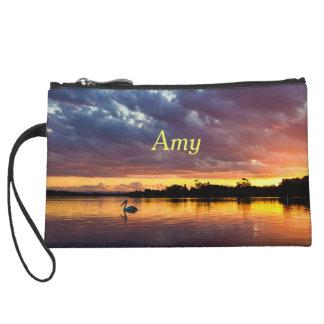 Personalisierter schöner Sonnenuntergang über See Kleine Clutch