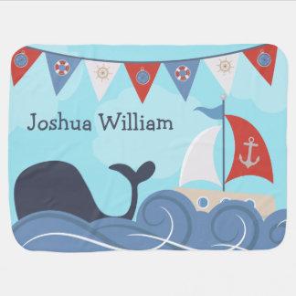 Personalisierter Seesegelboot-Strand-Ozean-Wal Kinderwagendecke