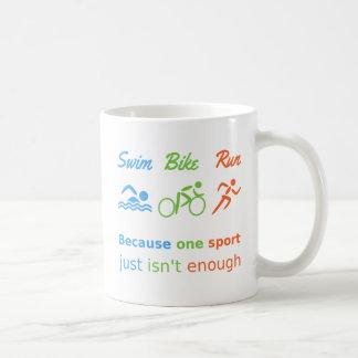 Personalisierter Sport des Triathlon Kaffeetasse