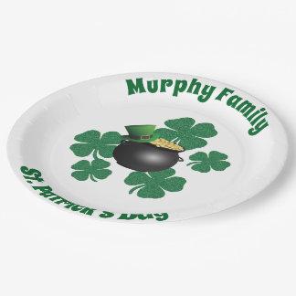 Personalisierter St Patrick Tag Pappteller
