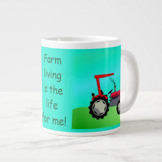Personalisierter Vintager roter Bauernhof-Traktor Jumbo-Tasse