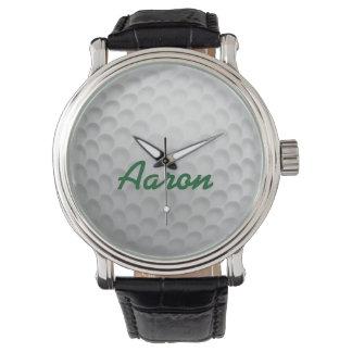 Personalisiertes das Golf-Ball-Golf spielendes Uhr