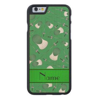 Personalisiertes grünes fechtendes Namensmuster Carved® iPhone 6 Hülle Ahorn