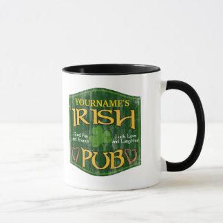 Personalisiertes irisches Pub-Zeichen Tasse