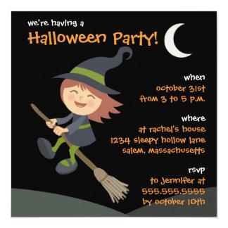 Personalisiertes kleines Hexe-Halloween-Party lädt Quadratische 13,3 Cm Einladungskarte