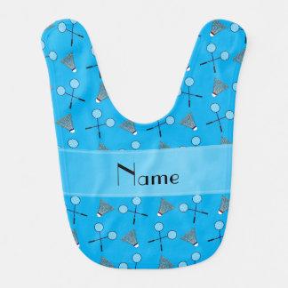 Personalisiertes Namenshimmelblau-Badmintonmuster Lätzchen