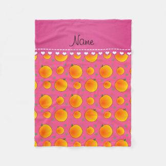 Personalisiertes rosa Pfirsichnamensgrün verlässt Fleecedecke