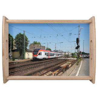 Personenzug in Rüdesheim am Rhein Serviertablett