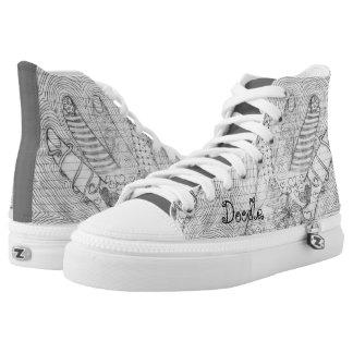 Personifizieren Sie:  Übergeben Sie gezeichnete Hoch-geschnittene Sneaker