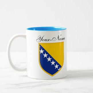 Persönliche Bosnien-Flagge Zweifarbige Tasse