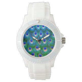 Pfau versieht Kunst mit Federn Armbanduhr