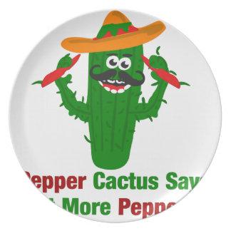Pfeffer-Kaktus sagt essen mehr Paprikaschoten Teller