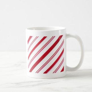 Pfefferminz-Süßigkeits-Weihnachtsgeschenke durch Kaffeetasse