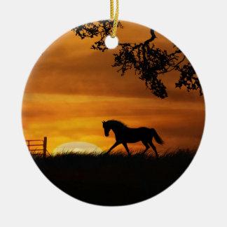 Pferd an der Sonnenuntergang-Verzierung Keramik Ornament