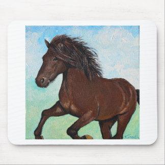 Pferd, das frei läuft mauspads