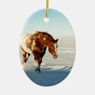 Pferd im Winter Keramik Ornament