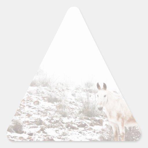Pferd mit Winter-Jahreszeit-Schnee und Nebel Stickers