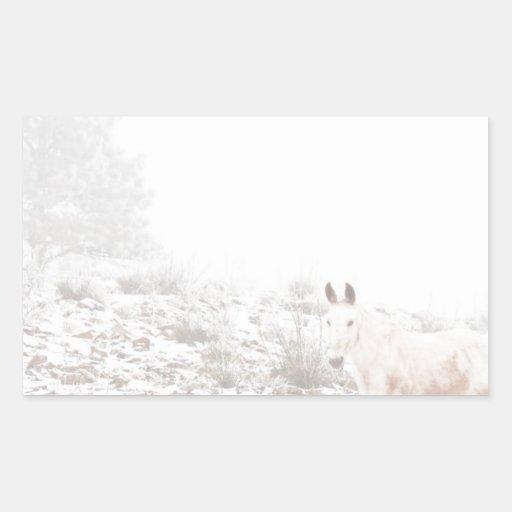 Pferd mit Winter-Jahreszeit-Schnee und Nebel Sticker