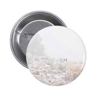 Pferd mit Winter-Jahreszeit-Schnee und Nebel Buttons