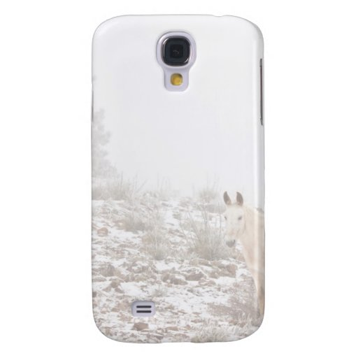 Pferd mit Winter-Jahreszeit-Schnee und Nebel Galaxy S4 Hülle