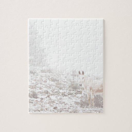 Pferd mit Winter-Jahreszeit-Schnee und Nebel Jigsaw Puzzles