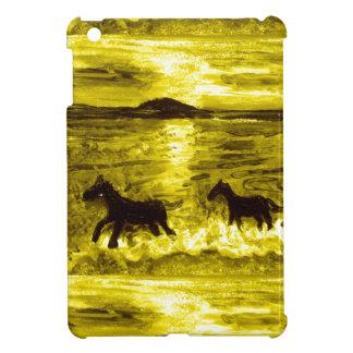 Pferde auf einer goldenen Küste iPad Mini Hülle