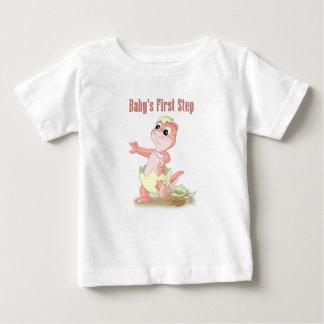 Pfirsich des ersten Schrittes des Babys Baby T-shirt