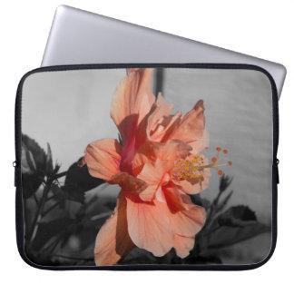 Pfirsich-doppelte Hibiskus-Blumen-selektives Laptopschutzhülle