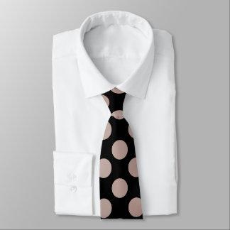 Pfirsich-Mokka-Tupfen-Doppeltes versah mit Seiten Krawatte