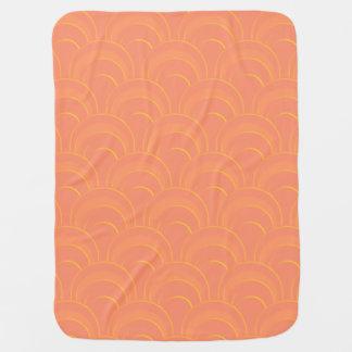 Pfirsich-orange u. gelbe Drache-Skalen Babydecke