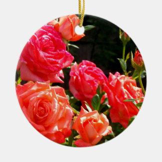 Pfirsich-Rosen Keramik Ornament