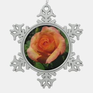 Pfirsich-Rosen-orange Blumen Schneeflocken Zinn-Ornament