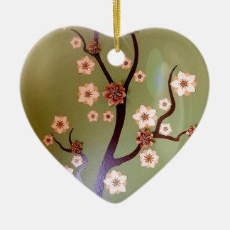 Pfirsich-Schablonenblüten auf Zweigen Keramik Herz-Ornament