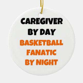 Pflegekraft durch Tagesbasketball-Fanatiker bis Keramik Ornament