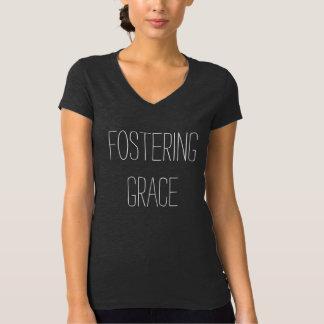 Pflegeunterbringung Bewusstsein-#getattached T-Shirt