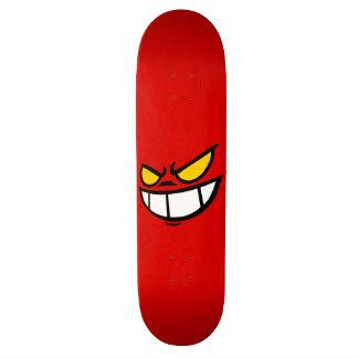 PhantomSmile™ mutige rote Skateboard-Plattform Individuelle Skateboards