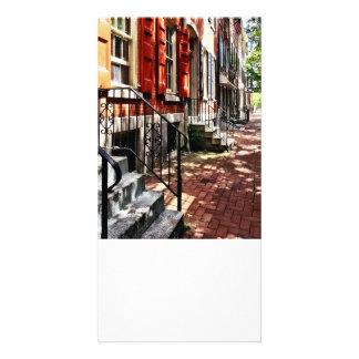 Philadelphia PA-Straße mit orange Fensterläden Fotokartenvorlagen