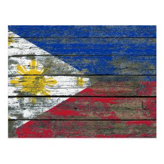 Philippinische Flagge auf rauem Holz verschalt Postkarte