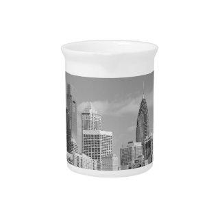 Philly Wolkenkratzer Schwarzweiss Krug