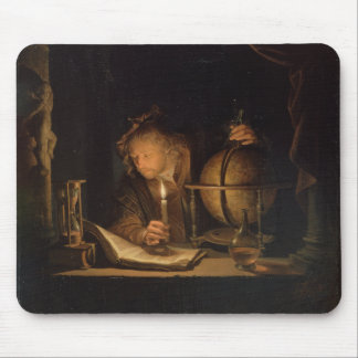 Philosoph, der durch Candelight studiert Mousepad