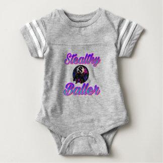 PicsArt_05-04-12.47.41 Baby Strampler