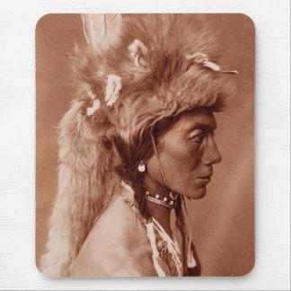 Piegan Blackfoot Ureinwohner-Mann Mauspads
